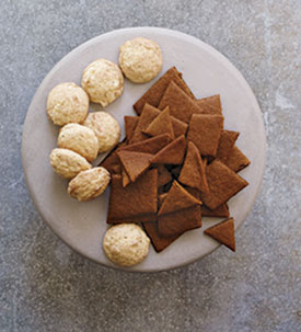 Left to Right Cookies: Ursuline Anise Cookies and Americna Gingersnaps.